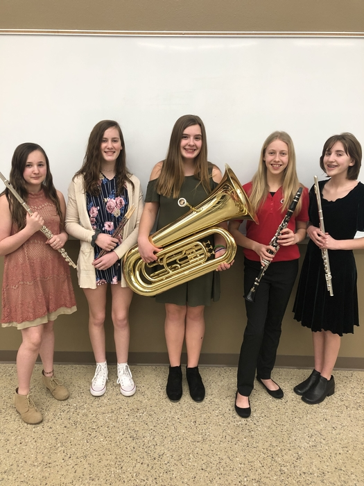 Makayla Erickson, Lexi Loan, Alyson Feickert, Staci Herman, & Olivia White at Tri-State Honor Band